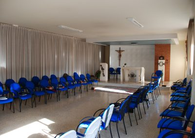 SalesianosGodelleta_Capilla01